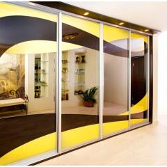 Двери-купе рисунок краска на зеркале